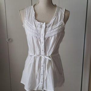 Thin White Cotton Sleeveless Button Down Shirt